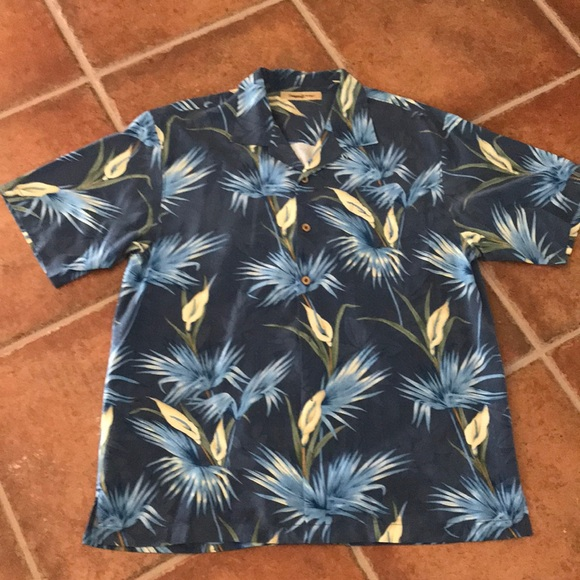 Tommy Bahama Other - Tommy Bahama men's short sleeve shirt
